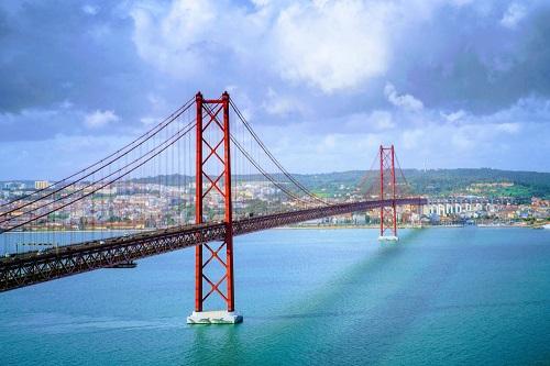 Relocate to Portugal